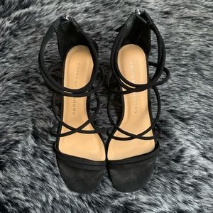 Chinese Laundry black strappy suede heels